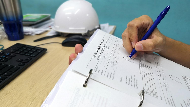 Construction risk management planning